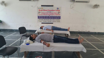 BLOOD DONATION CAMP AT EDEN GARDENS, MANCHANDA SOCIETY, REWARI