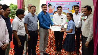 "poster making competition on ""Measles Rubella"""